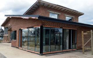 Как расширить окно в кирпичном доме, советы специалиста