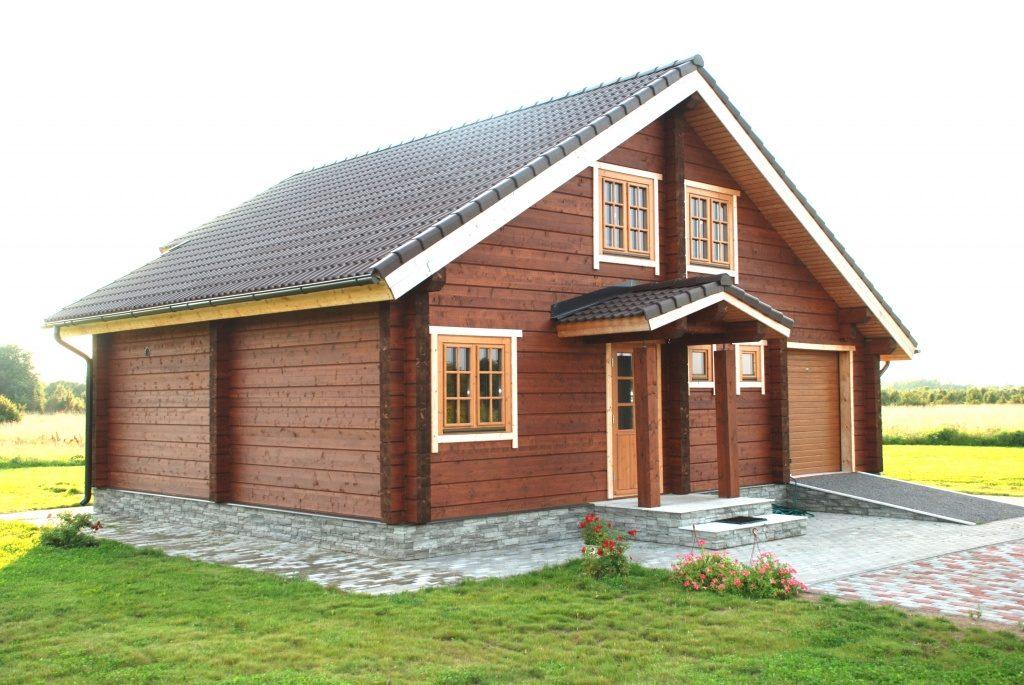 Какой дом лучше из бруса или кирпича