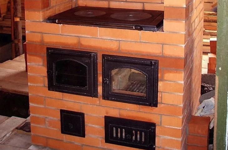Кухонные печи из кирпича с духовкой, плиткой: все как положено